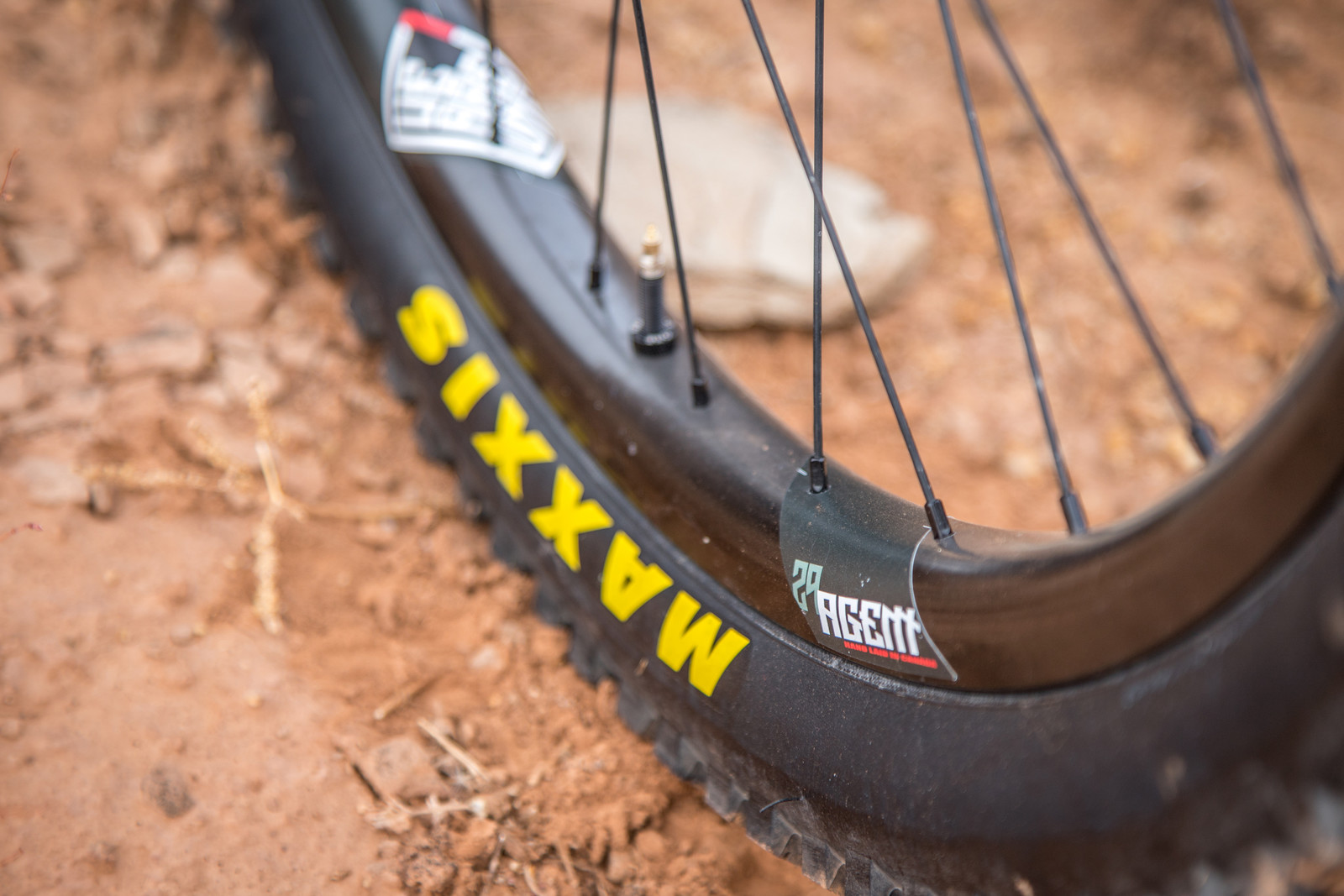 We Are One Composites Agent 29 Project 321 Wheelset - Reviews