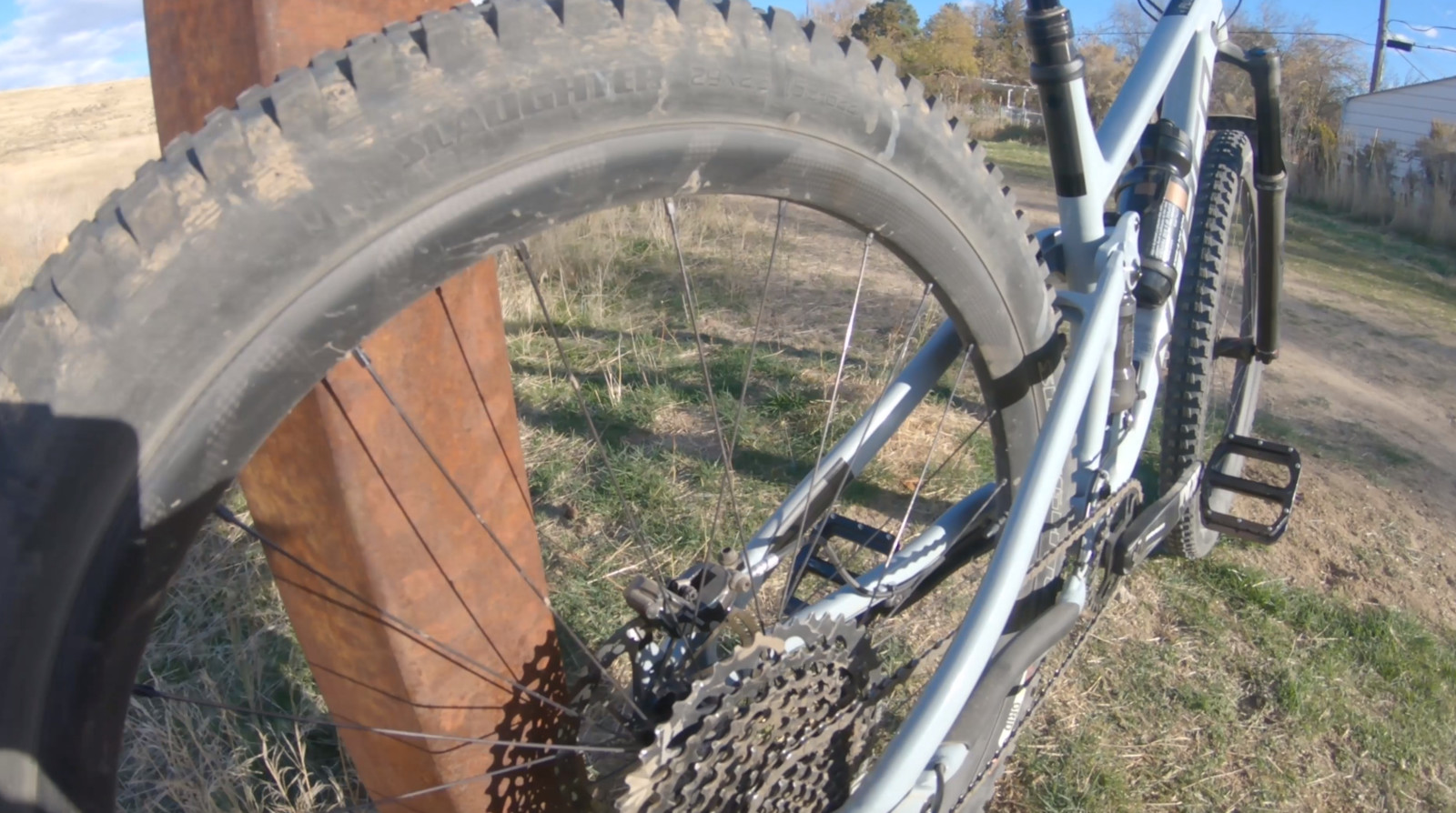 For fun, we swapped out the stock wheels and tires with a Roval Traverse SL carbon wheelset and 2.3 Specialized Butcher/Slaughter tire combo. Between these parts and the GX Eagle cassette, the bike lost almost four pounds and turned into a rocket ship.