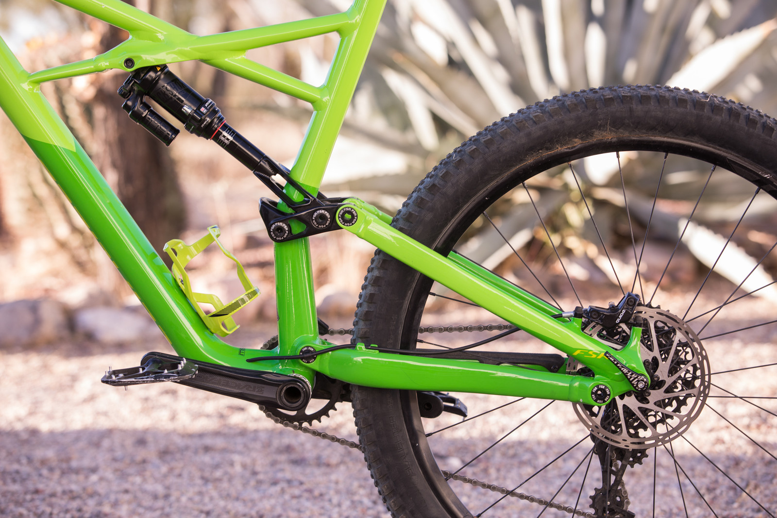 a3d9943858d Specialized bumped the front and rear travel up 5mm from the previous model  to 170mm. The beefed up rear end is now bridgeless like the Stumpjumper FSR,  ...